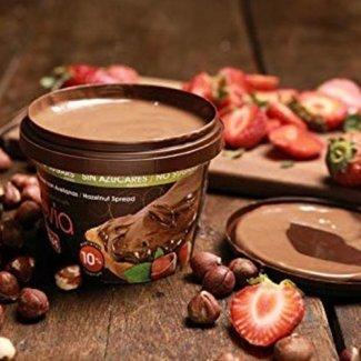 Crema spalmabile alle nocciole con stevia
